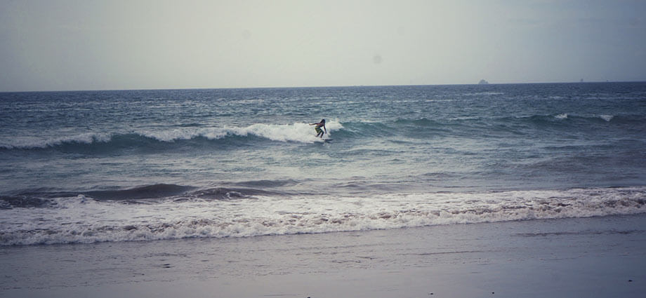 pirate bay man surfing
